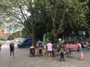 Rollstuhl-Tour auf dem Festival-Gelände